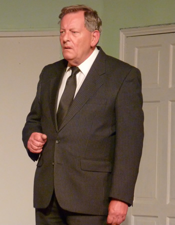 Russ Guillaume as Mr Forbright