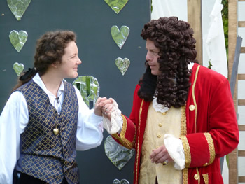 Viola (Jenn Singleton) and Orsino (Paul Dodman)